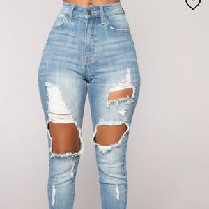(SOLD) Fashion nova jeans